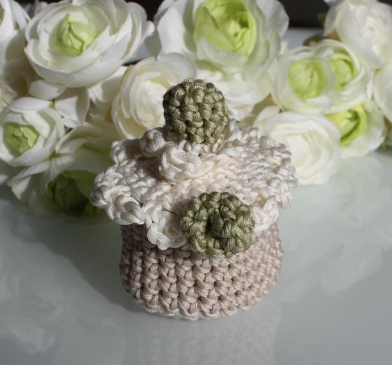 miss bergamote - pochons dragées en crochet - mariage baptême anniversaire